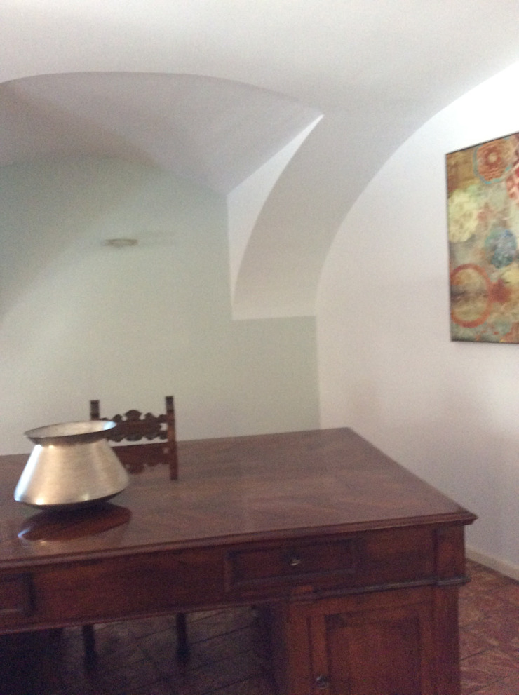 STUDIO ARCHITETTURA SPINONI ROBERTO Ruang Studi/Kantor Gaya Rustic