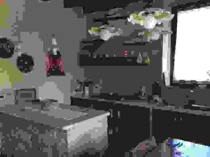 STUDIO ARCHITETTURA SPINONI ROBERTO Rustic style kitchen