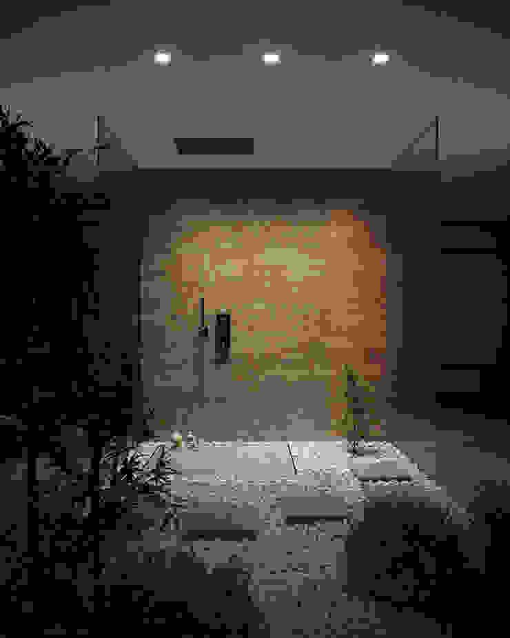 SILVERPLAT Modern style bathrooms Glass Amber/Gold