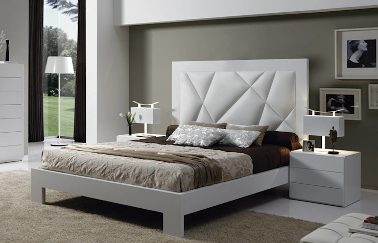 Modern style bedroom by MUEBLERIA Y CARPINTERIA MADEYRA Modern Wood Wood effect