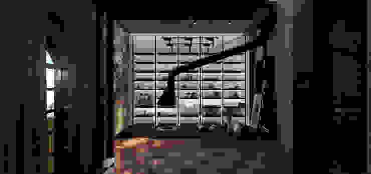 PO Office by STUDIO PARADIGM Modern
