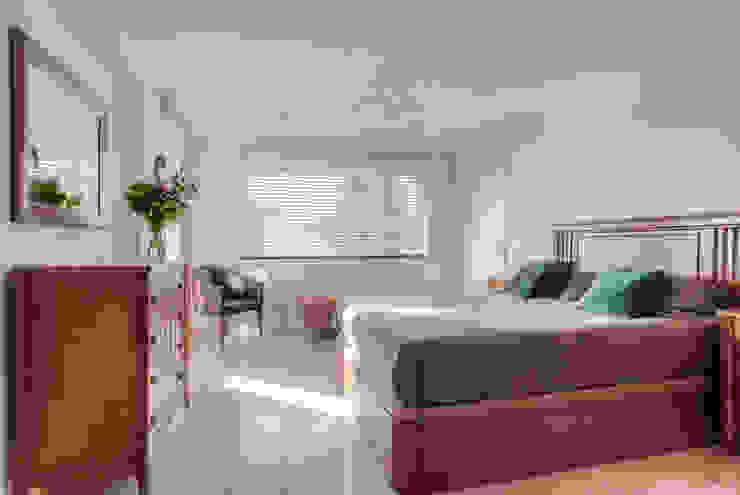 Mediterranean style bedroom by lab-R | architectenbureau Mediterranean