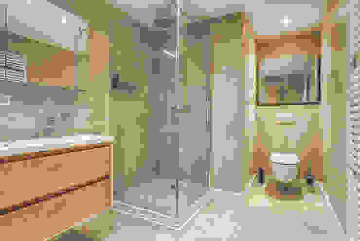 Mediterranean style bathroom by lab-R | architectenbureau Mediterranean