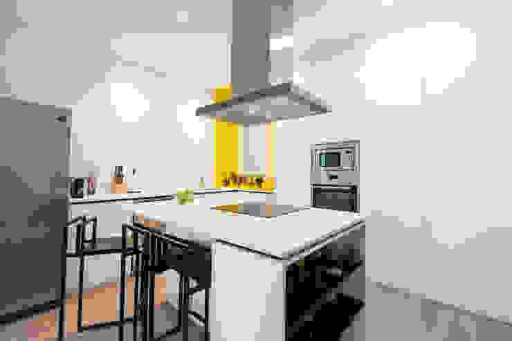 Modern Kitchen by SMLXL-design Modern
