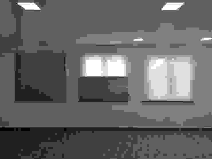 Modern living room by Inova Diseño y Decoracion Modern