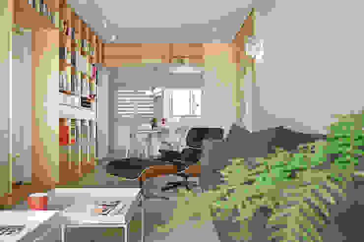Minimalist dining room by 六相設計 Phase6 Minimalist