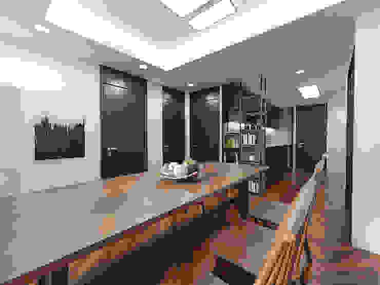 주택 내부 및 주방,다이닝룸 테이블: 디자인 이업의 스칸디나비아 사람 ,북유럽 솔리드 우드 멀티 컬러