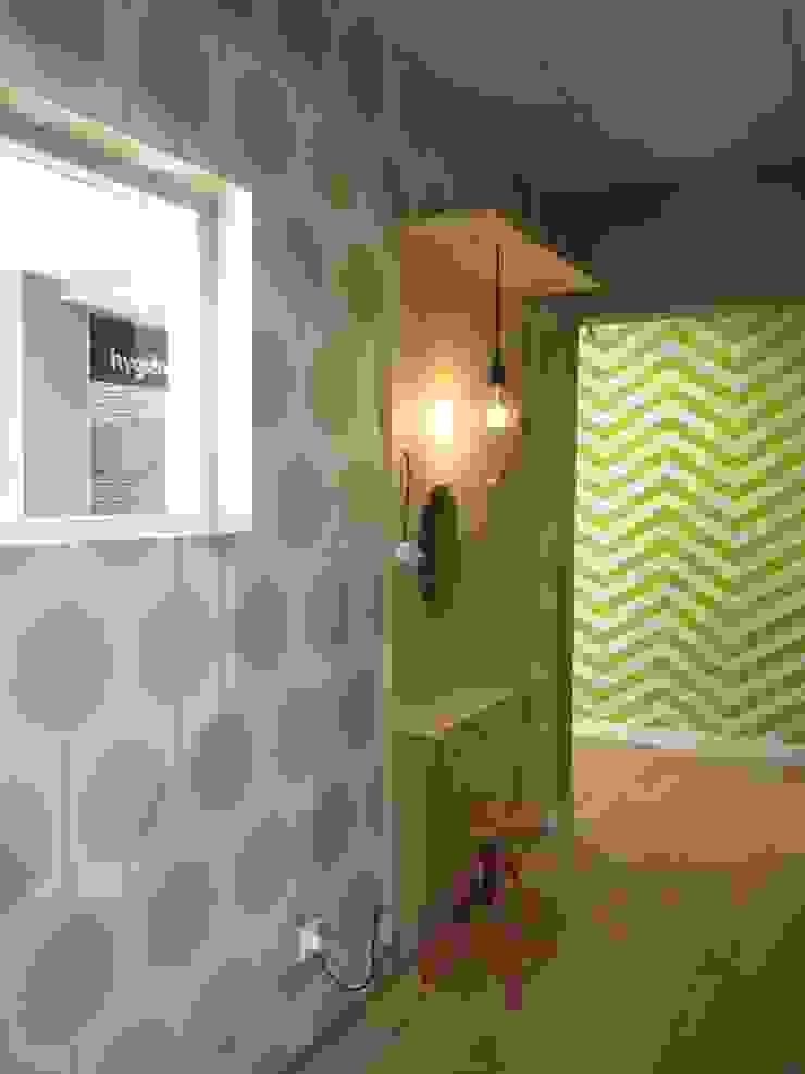 Cabinet d'Orthodontie BERNHEIM Cliniques originales par MIINT - design d'espace & décoration Éclectique