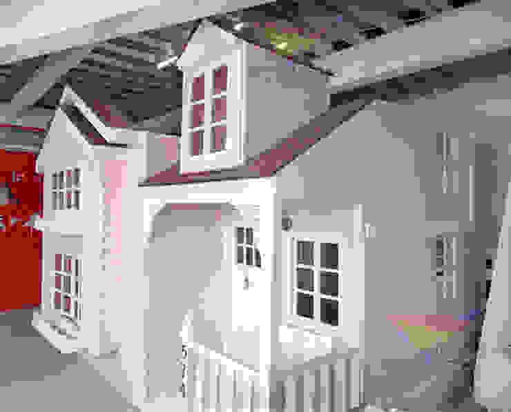 Hermosa Casa mágica de camas y literas infantiles kids world Clásico Derivados de madera Transparente