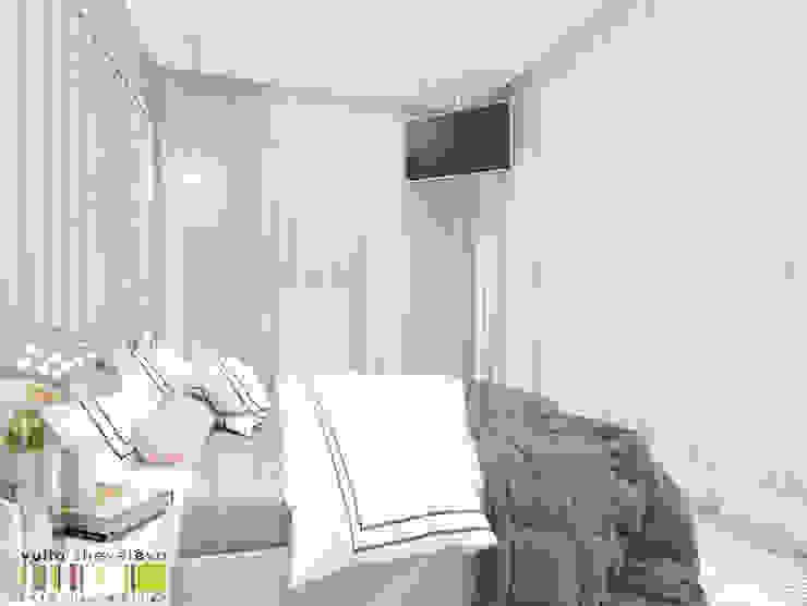 Minimalistische Schlafzimmer von Мастерская интерьера Юлии Шевелевой Minimalistisch