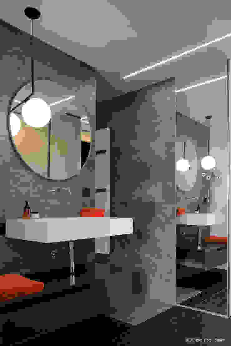 Franck VADOT Architecture Ванна кімнатаРаковини Білий