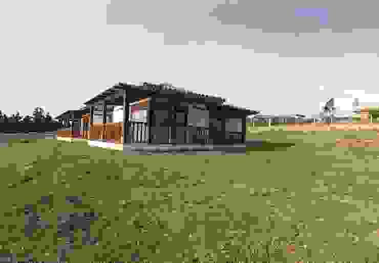 CASA PUENTESIN de cesar sierra daza Arquitecto Rural Madera Acabado en madera