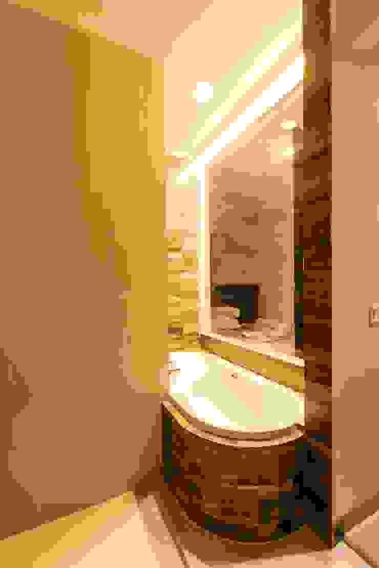 Bathroom Kamar Mandi Minimalis Oleh Total Renov Studio Minimalis