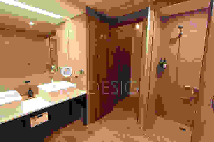 飯店女廁 XY DESIGN - XY 設計 衛浴浴缸與淋浴設備