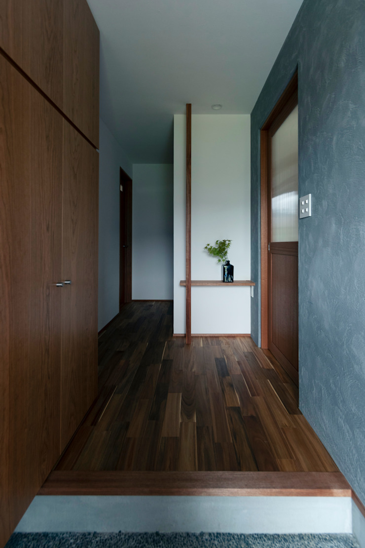 Asian style corridor, hallway & stairs by ELD INTERIOR PRODUCTS Asian Wood Wood effect