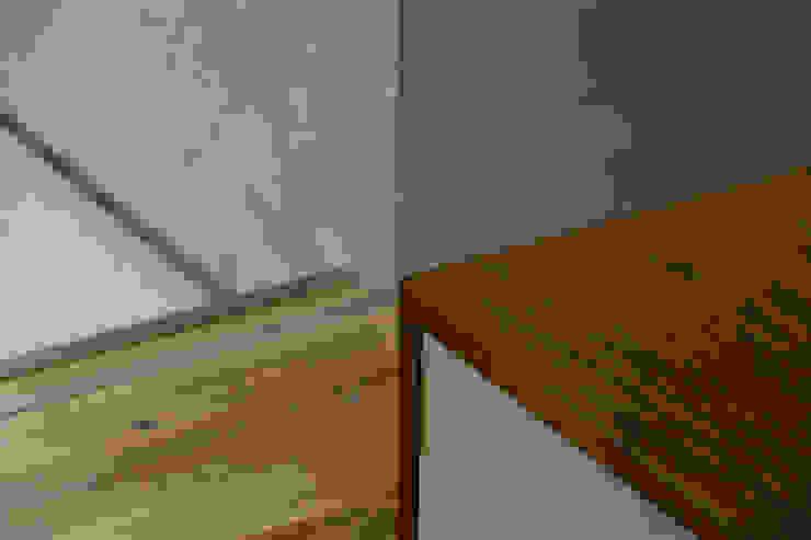 Modern windows & doors by ELD INTERIOR PRODUCTS Modern Glass