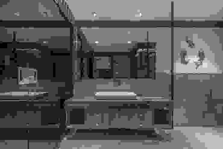 toilet Modern Bathroom by F.Quad Architecture and Interior Design Studio Modern