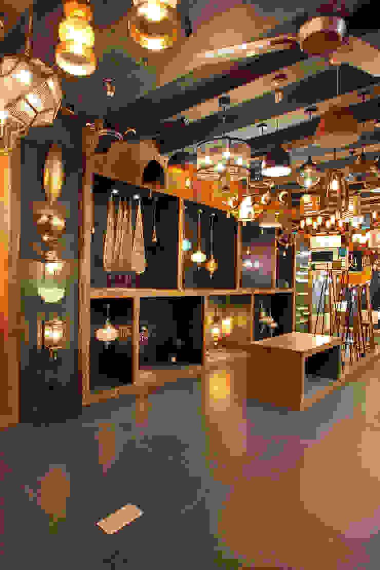 VAJRA by F.Quad Architecture and Interior Design Studio Modern