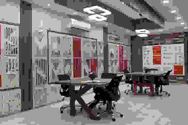 k & H Discussion Table by F.Quad Architecture and Interior Design Studio Modern