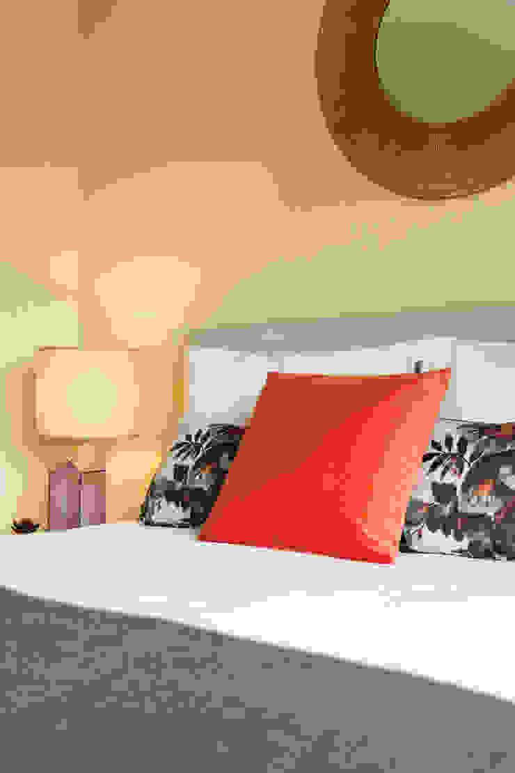 Cabeceira de cama por Hoost - Home Staging Moderno