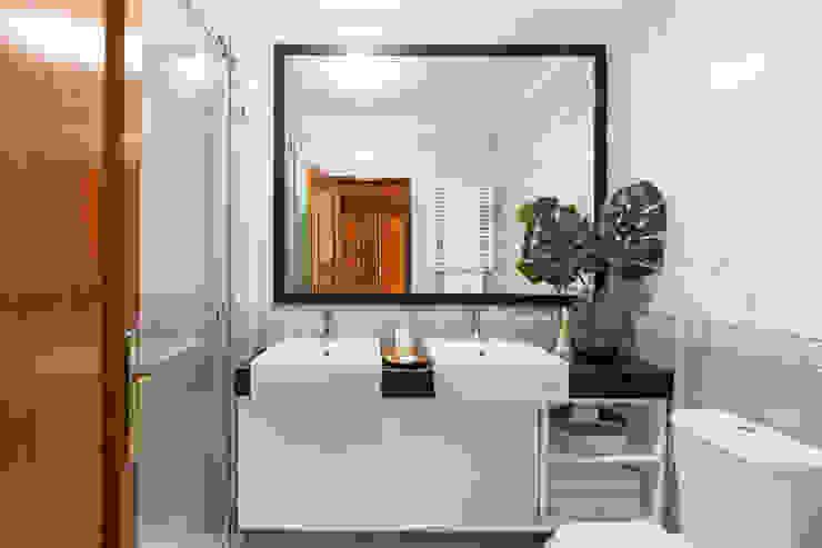 Casa de Banho por Hoost - Home Staging Moderno