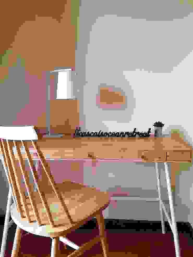 Mesa de estudo por Hoost - Home Staging Moderno