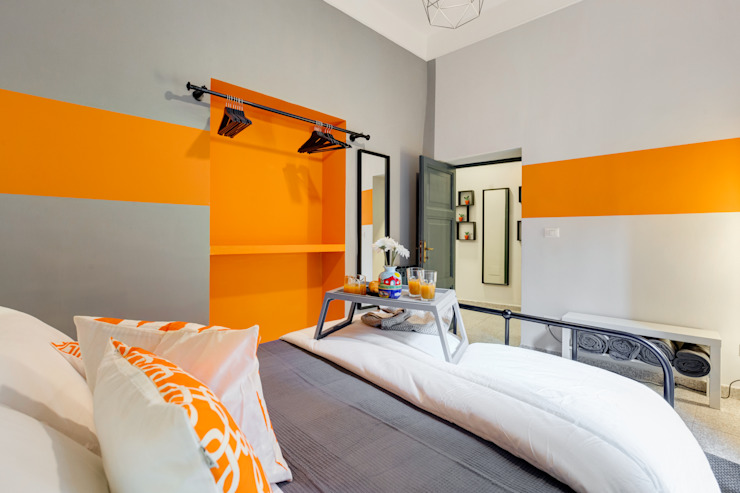 Industrial style bedroom by Creattiva Home ReDesigner - Consulente d'immagine immobiliare Industrial