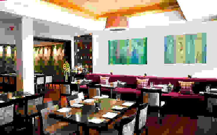 Decoración con arte en restaurante formal Gastronomía de estilo clásico de Arca México Clásico
