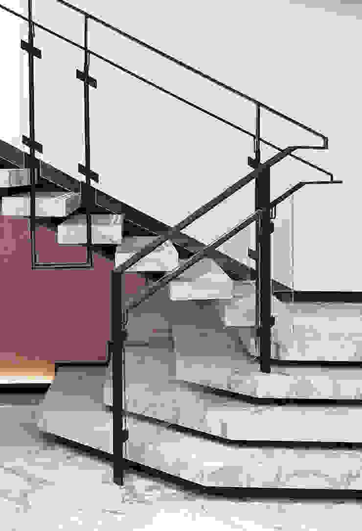 3. Những điều cần lưu ý khi chọn lựa đá Marble ốp cầu thang: hiện đại  by Công ty TNHH truyền thông nối việt, Hiện đại