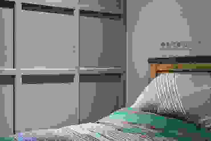 臥室造型牆 根據 顥岩空間設計 隨意取材風