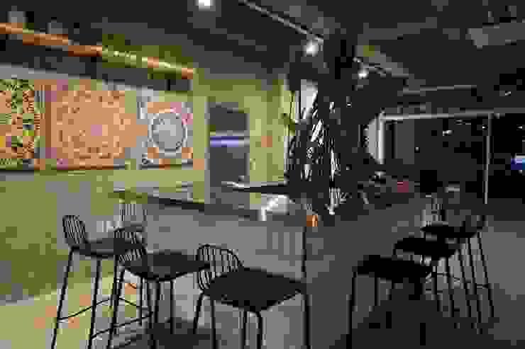 CAFE INTERIOR 스칸디나비아 다이닝 룸 by 감자디자인 북유럽