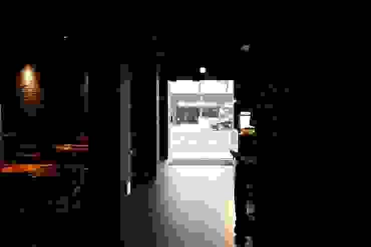 RESTAURANT INTERIOR 아시아스타일 다이닝 룸 by 감자디자인 한옥