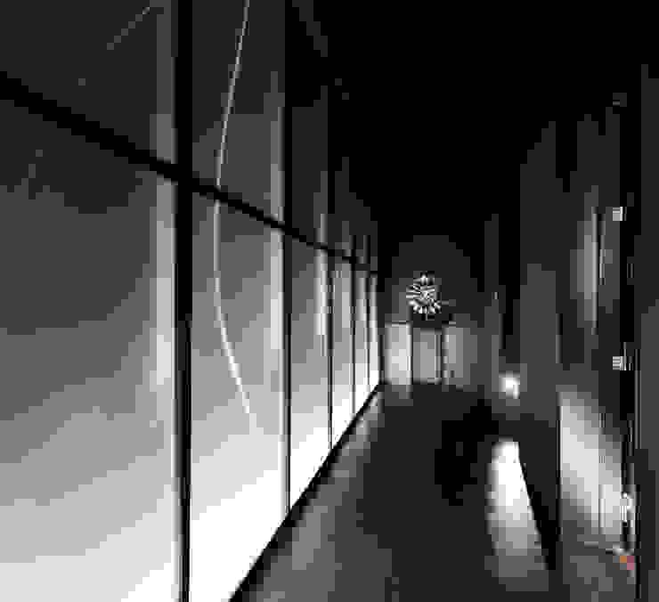 東方綺麗風華 | I'M SPA 會館 | 建築室內共同制作 亞洲風玄關、階梯與走廊 根據 竹村空間 Zhucun Design 日式風、東方風