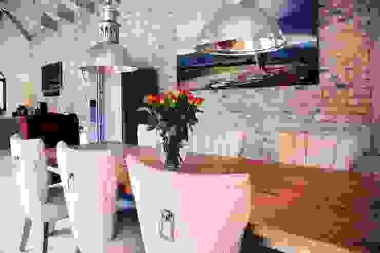 Villa Torino Modern dining room by Plan Créatif Modern
