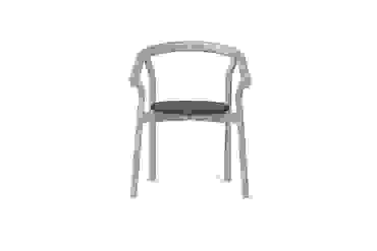 DORA chair - Elegant Grey por DAM Mediterrânico Madeira Acabamento em madeira