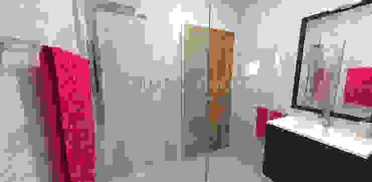 Remodelação de Casa de Banho Casas de banho minimalistas por Eduardo Coelho | Arquitecto Minimalista Cerâmica