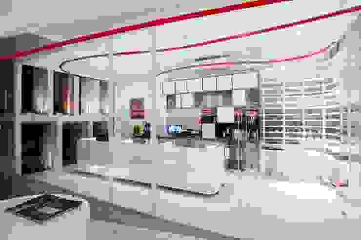 Interior - Office Kantor & Toko Modern Oleh PHL Architects Modern