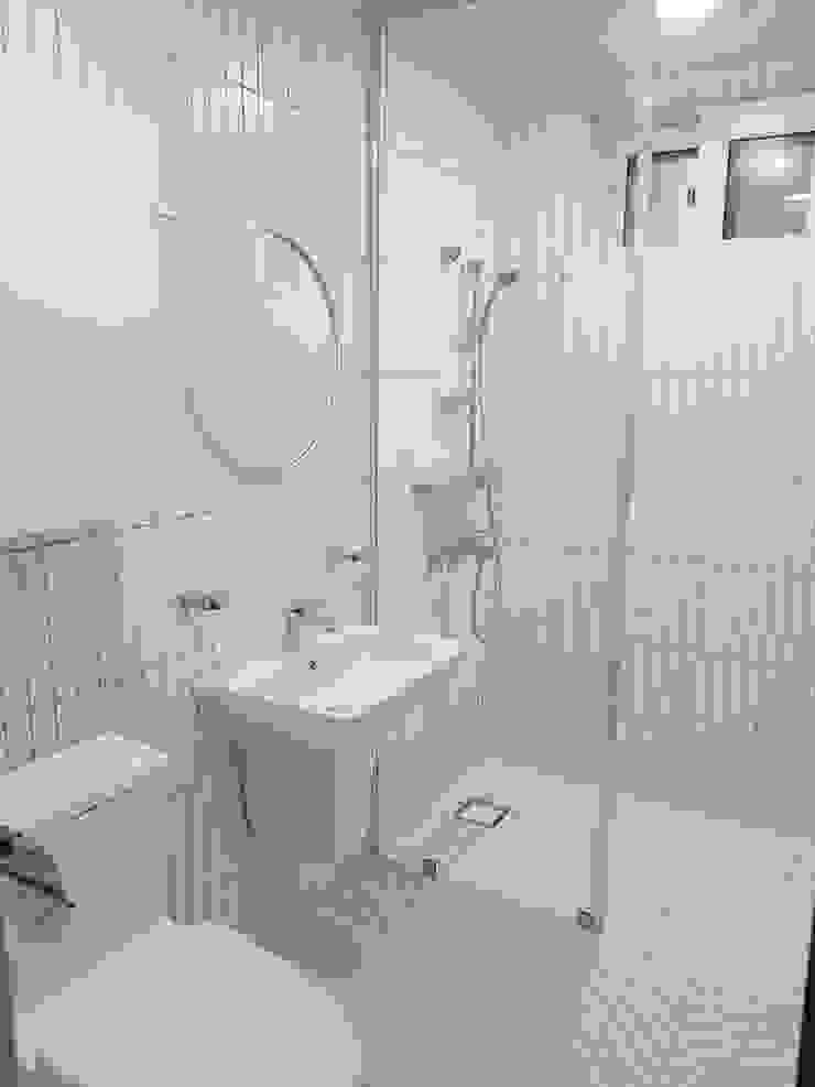노부부를 위한 전원주택 수련집 클래식스타일 욕실 by 주식회사 큰깃 클래식