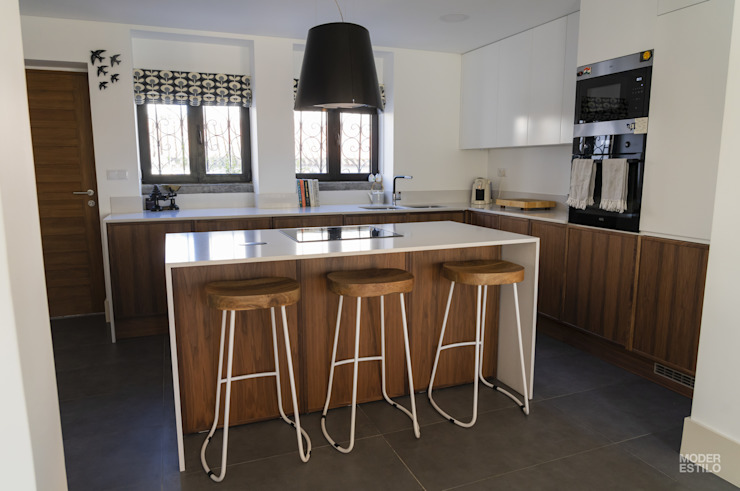 Neve de Nogueira Moderestilo - Cozinhas e equipamentos Lda Armários de cozinha
