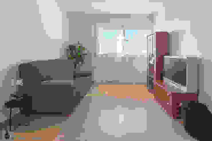 인더스트리얼 거실 by Home Staging Tarragona - Deco Interior 인더스트리얼