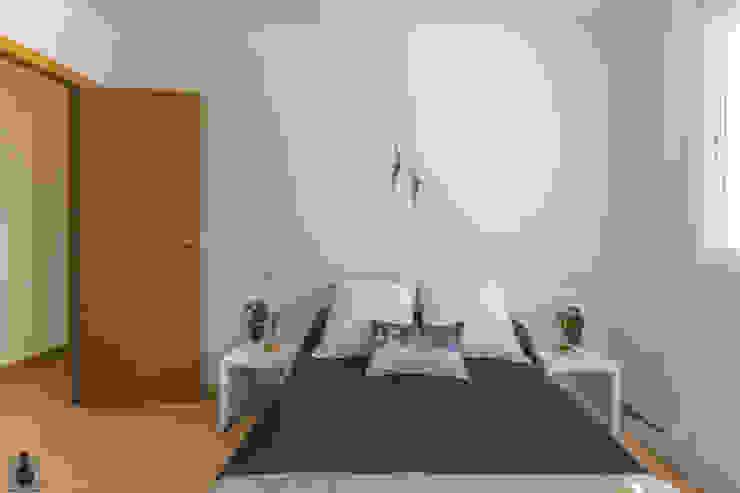 인더스트리얼 침실 by Home Staging Tarragona - Deco Interior 인더스트리얼