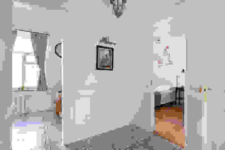 Tatiana Nikitina Photography Scandinavian style corridor, hallway& stairs