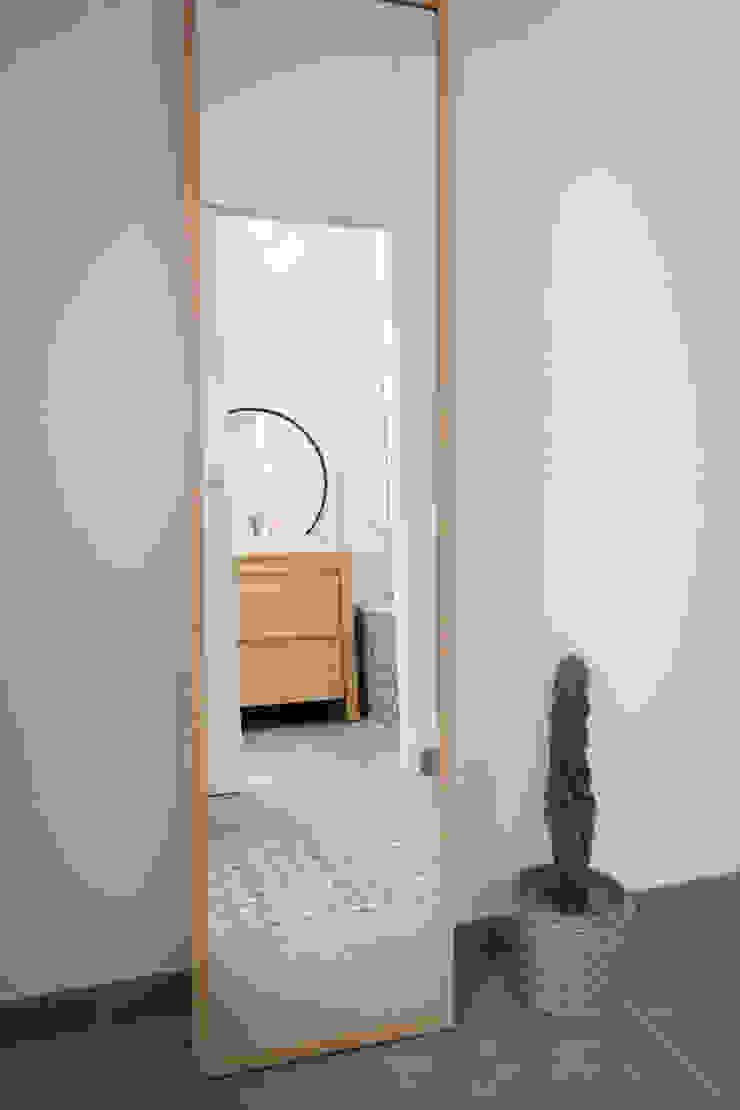 Chez Sophie et Morgan Salle de bain moderne par Camille BASSE, Architecte d'intérieur Moderne