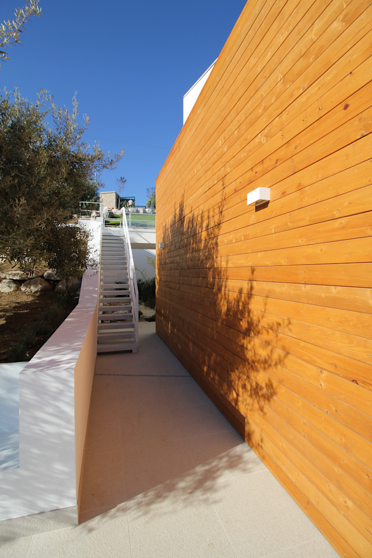 de Giuseppe Rappa & Angelo M. Castiglione Moderno Madera Acabado en madera