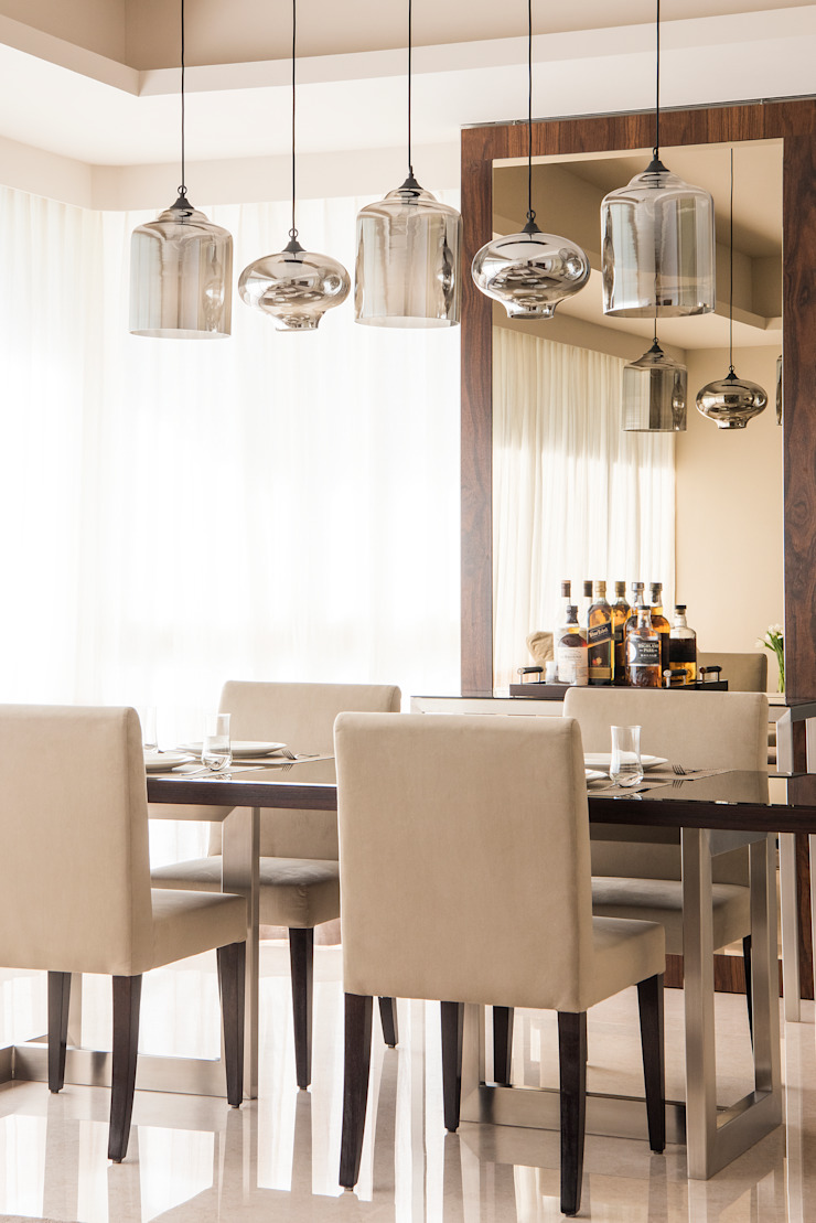 Dining Room by Design Intervention Minimalist dining room by Design Intervention Minimalist