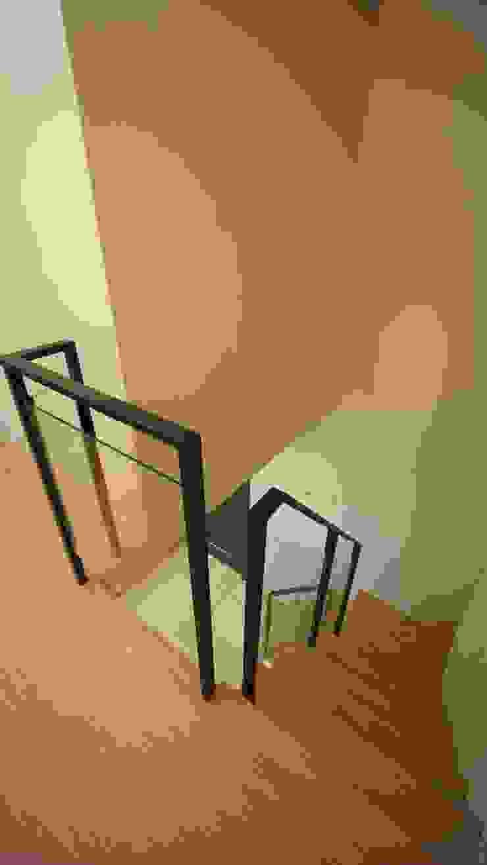 樓梯 根據 璞玥室內裝修有限公司 現代風 金屬