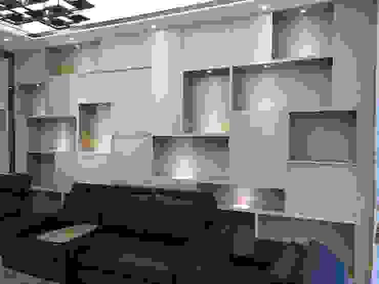 與外面觀音石呼應的櫃體 现代客厅設計點子、靈感 & 圖片 根據 台中室內設計裝修|心之所向設計美學工作室 現代風