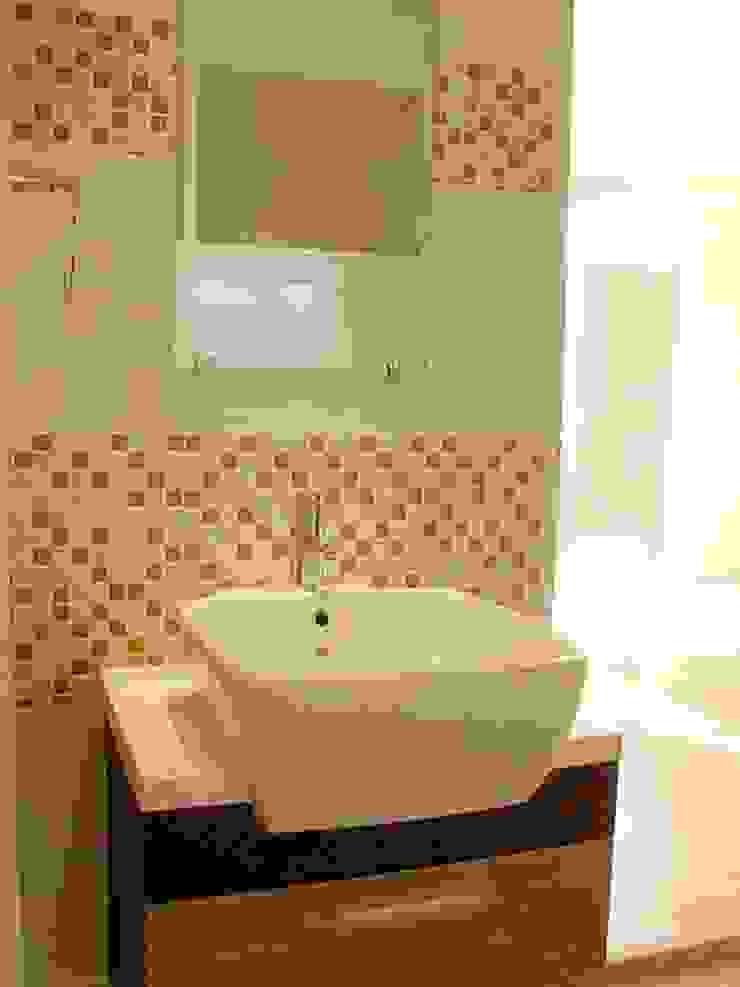 Renovation Modern Bathroom by UpMedio Design Modern