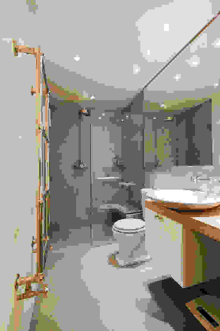 Salle d'eau Salle de bain originale par Catalina Castro Blanchet Éclectique Béton
