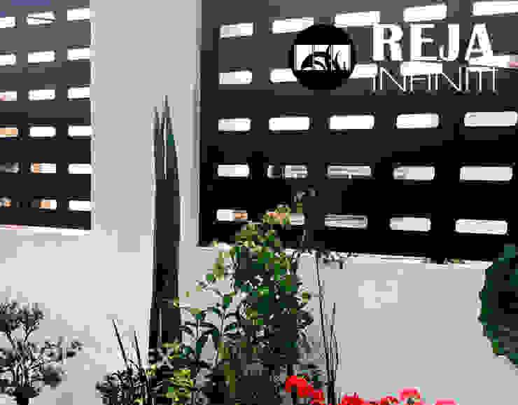 Rejamex Minimalist corridor, hallway & stairs Metal Black
